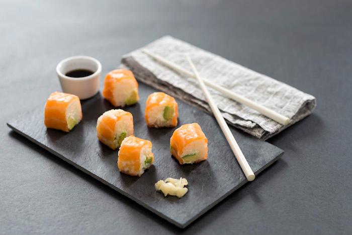 Sushi au riz parfumé aux arômes